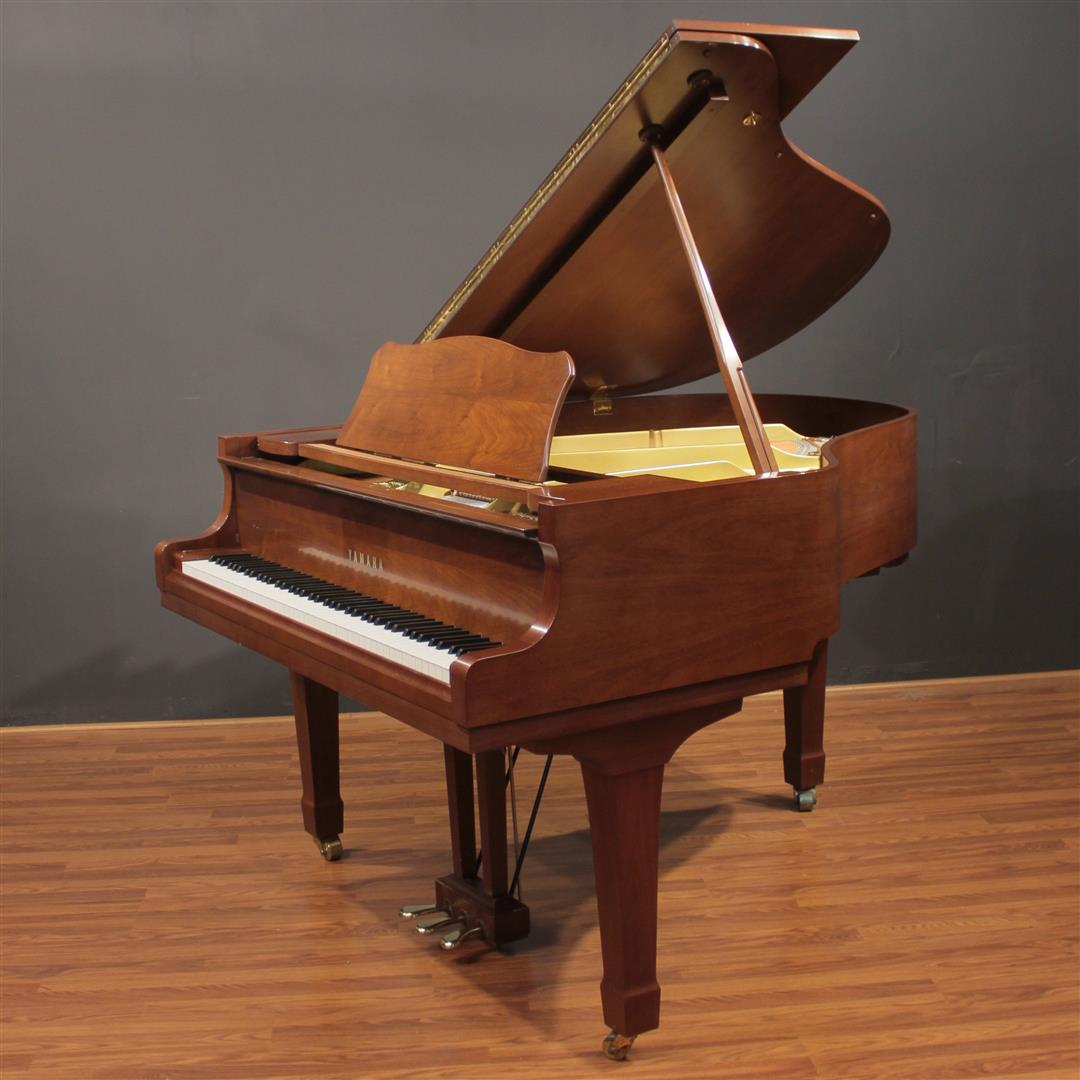 Yamaha g1 5 39 3 39 39 baby grand piano satin walnut ebay for Yamaha g1 piano